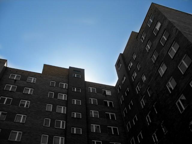 Przed zakupem mieszkania warto podpisać umowę przedwstępnąPrzed zakupem mieszkania warto podpisać umowę przedwstępną