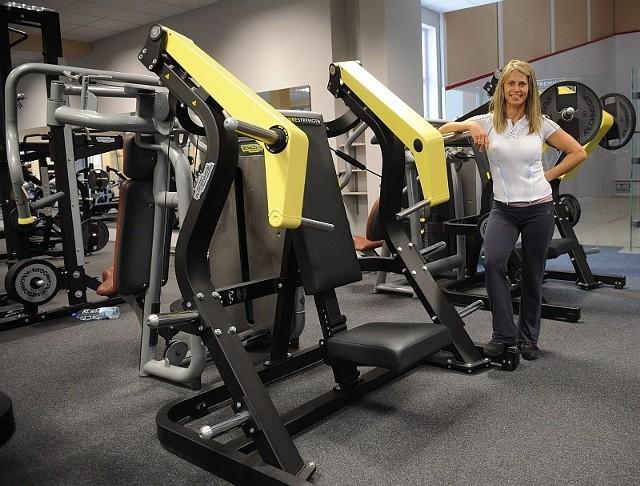 - Każdy gość może u nas liczyć podczas zajęć na fachową pomoc - zapewnia Beata Niźnik, instruktorka fitness.