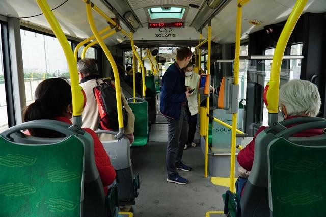 Pasażerowie komunikacji miejskiej w Poznaniu od 2020 roku muszą wydawać więcej pieniędzy na bilety.