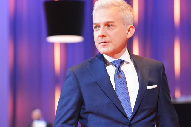 Milionerzy TVN to teleturniej, w którym należy prawidłowo odpowiedzieć na dwanaście pytań, by wygrać główną nagrodę - milion złotych.