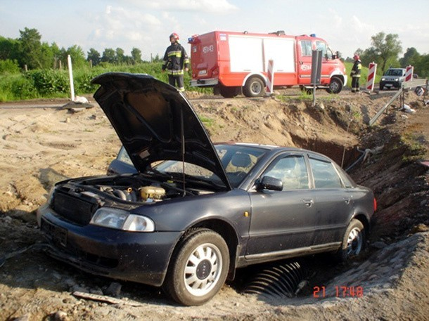 Pijany kierowca audi trafił do szpitala