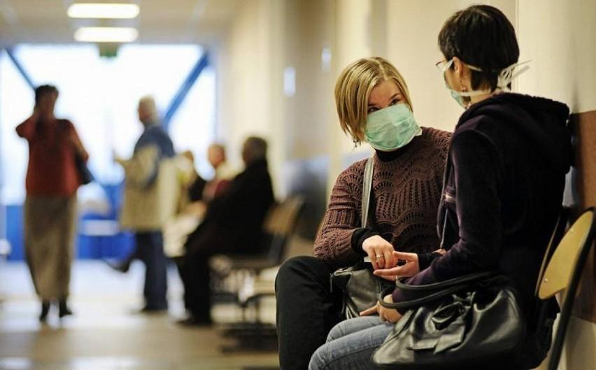 Pacjent z koronawirusem przebywa na oddziale zakaźnym...