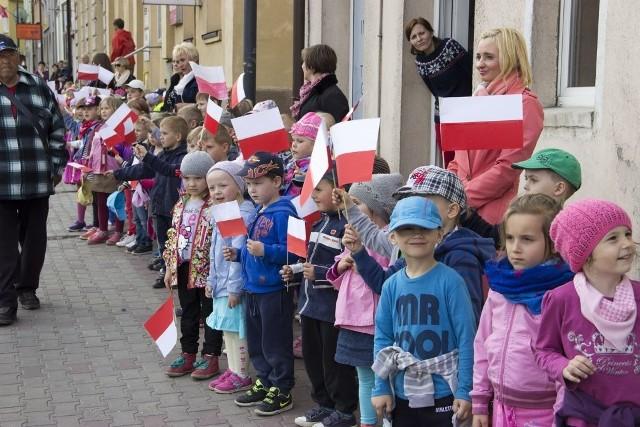 Wczoraj świętowano w Sępólnie rocznicę zakończenia II wojny światowej, a na początku czerwca też będzie biało-czerwono