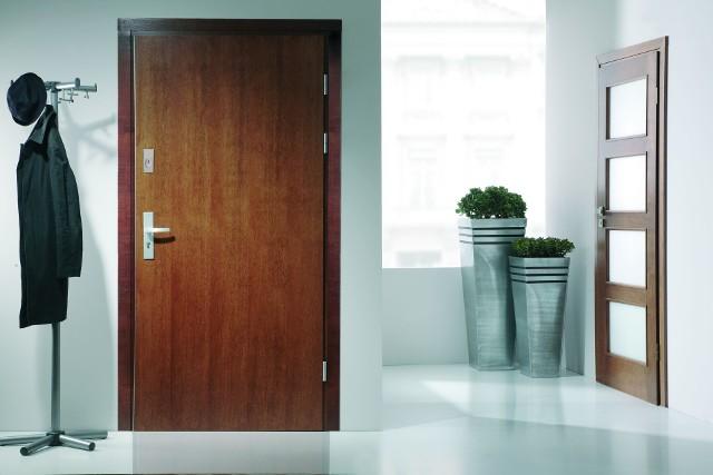 Podwyższony standard drzwi antywłamaniowych. Poczuj się bezpieczniejPodwyższony standard drzwi antywłamaniowych. Poczuj się bezpieczniej
