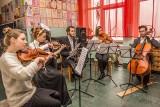 Kolęda z Chopinem. Studenci zagrają dla więźniów i podopiecznych domów dziecka (ZDJĘCIA)