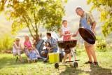 Grill: TOP 10 zasad zdrowego grillowania. Jak uniknąć szkodliwych lotnych związków i bakterii?