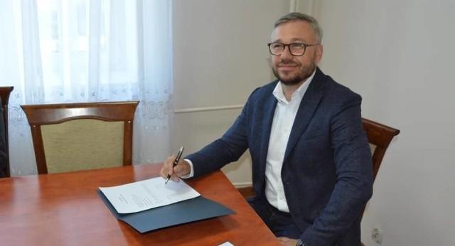 – Od początku mojej kadencji priorytetem było, aby dzieci i nauczyciele ZS nr 5 mieli własne miejsce do nauki i rozwoju – tłumaczy starosta Jarosław Sochacki
