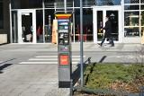 W Łodzi nadal nie wymieniono wszystkich parkomatów. Wciąż brakuje ich na ulicach