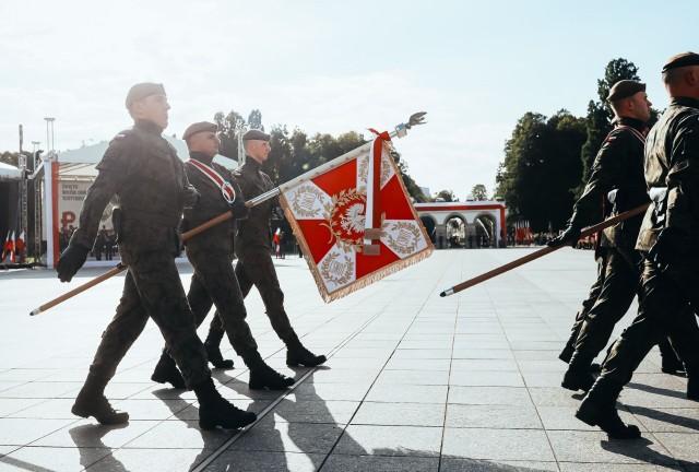 26 września Centrum Szkolenia WOT w Toruniu otrzymało w Warszawie swój sztandar