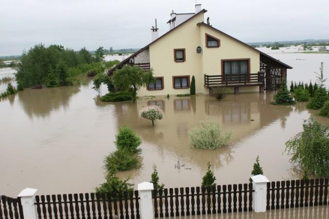 Powódź 2010. Wspominamy dramat tysięcy ludzi [ZDJĘCIA]