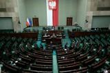 Sejm. Projekty ustaw antykorupcyjnej i o rekompensacie związanej z wprowadzeniem stanu wyjątkowego wróciły do komisji