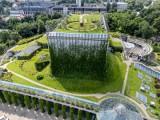 Taras widokowy na dachu Opery i Filharmonii Podlaskiej jest już udostępniony dla gości. Ogród można podziwiać w weekendy do końca sierpnia