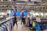 Sklep Half Price w Tychach otwarty. Czy jest lepszy niż TK Maxx? W ofercie odzież, obuwie, akcesoria, kosmetyki i dekoracje od Grupy CCC