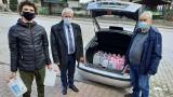 Gmina Złota przekazała materiały dezynfekcyjne dla przychodni i strażaków. To dar starostwa powiatowego