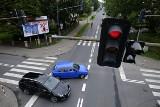 Rejestratory przejazdu na czerwonym świetle. Tu fotoradary robią zdjęcia. Lista lokalizacji