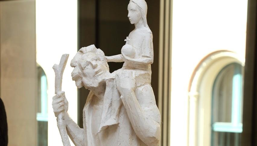 Zwycięski projekt rzeźby Aleksandra Śłiwy / fot. Tomasz Kalarus/Muzeum Krakowa
