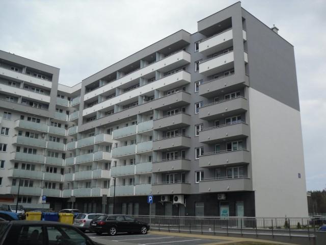 """Osiedle Rekreacyjne - inwestor Yuniwersal Podlaski, inwestycja została zgłoszona do Konkursu Fasada Roku 2021 w kategorii """"Budynek wielorodzinny nowy"""""""