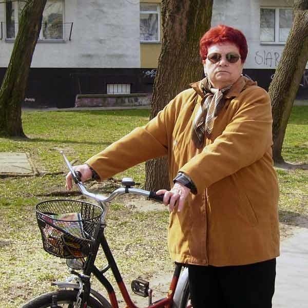 Pani Elżbieta Pels, należąca do Tarnobrzeskiej Spółdzielni Mieszkaniowej jest zadowolona, że już od pierwszego maja, jej rachunki za mieszkanie będą  niższe o około 30 złotych.