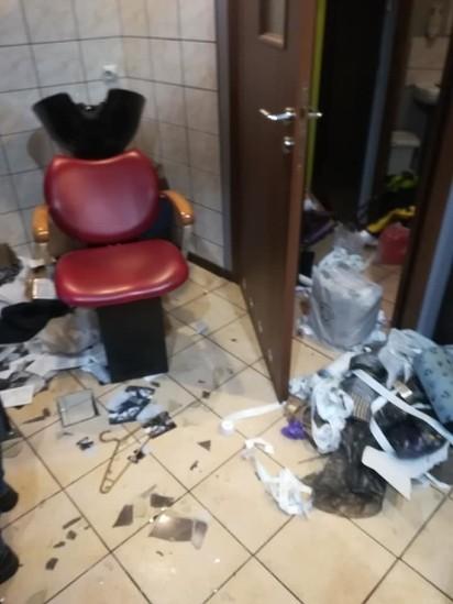 Salon Fryzjerski W Zabrzu Zdemolowany Zrozpaczona Właścicielka