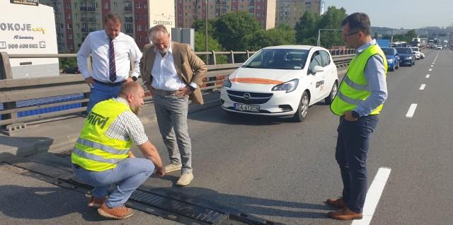 Uszkodzone dylatacje na estakadzie Kwiatkowskiego w Gdyni. Naprawa może potrwać 5 tygodni