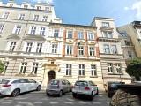 Kraków. Można zamieszkać w zabytkowej kamienicy na Kazimierzu lub w sąsiedztwie II LO [ZDJĘCIA]