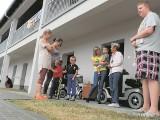 Życie w mieszkaniu socjalnym w Inowrocławiu. Miesiąc bez telewizji
