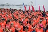 Bieg Kobiet Zawsze Pier(w)si! Kolor koralowy opanował gdyński Bulwar Nadmorski [zdjęcia]
