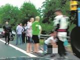 Motocykliści drastycznym filmem udowadniają, że byli na miejscu wypadku