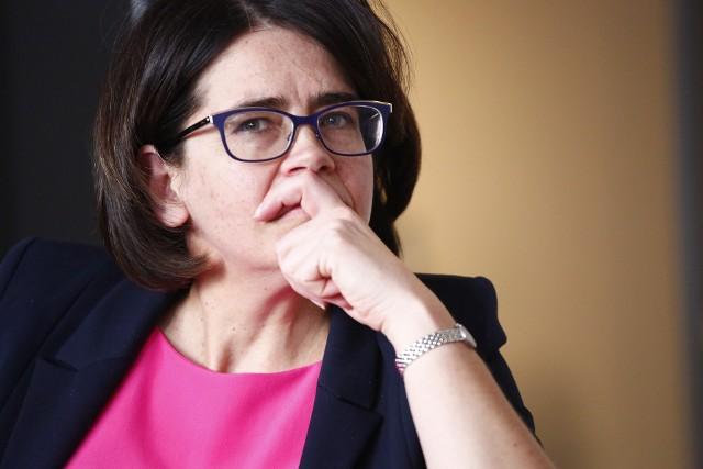 dr Flis: Minister Streżyńska na pewno na tej dymisji nie straci swojego potencjału.