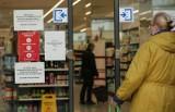 Z tego Polacy rezygnują w pandemii, żeby mieć na lekarzy