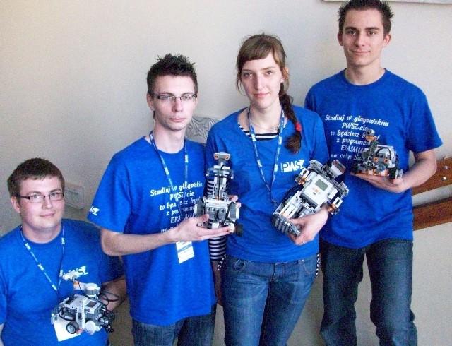 Pokazy robotów cieszyły się dużym zainteresowaniem