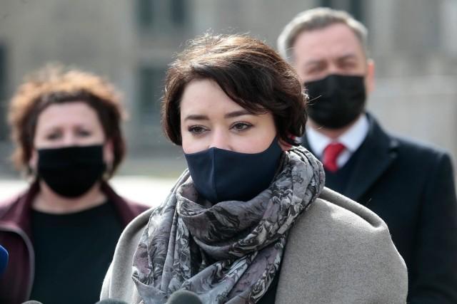 Strajk Kobiet stawia ultimatum Lewicy. Żukowska: Skuteczność Strajku Kobiet w kwestii realizacji ultimatów, które stawia nie jest powalająca