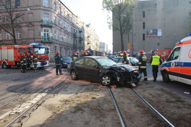 Wypadek na skrzyżowaniu Zielonej i 28 Pułku Strzelców Kaniowskich w Łodzi