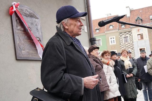 Inicjatorem tablicy jest ceniony poznański publicysta Adam Kochanowski.Przejdź do kolejnego zdjęcia --->