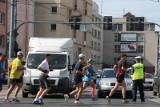 Czy konieczne jest zamykanie połowy miasta na 12 godzin przed maratonem? (LIST)