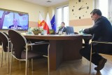 Powiat krakowski dotuje szpitale i pogotowie. Pomoc na środki ochrony dla medyków