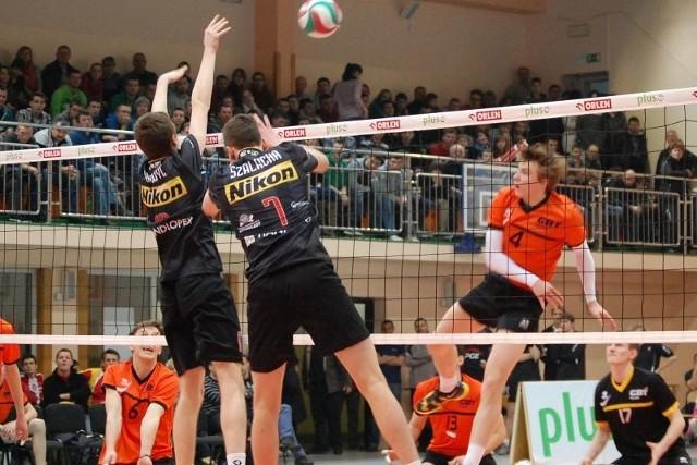 W półfinale AKS Rzeszów pokonał Skrę Bełchatów 3:0, ale w finale nie dał rady Norwidowi Częstochowa.