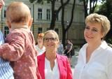 200 plus: Małgorzata Trzaskowska chce, by każdej matce za wychowanie dziecka przysługiwało dodatkowe 200 złotych do emerytury
