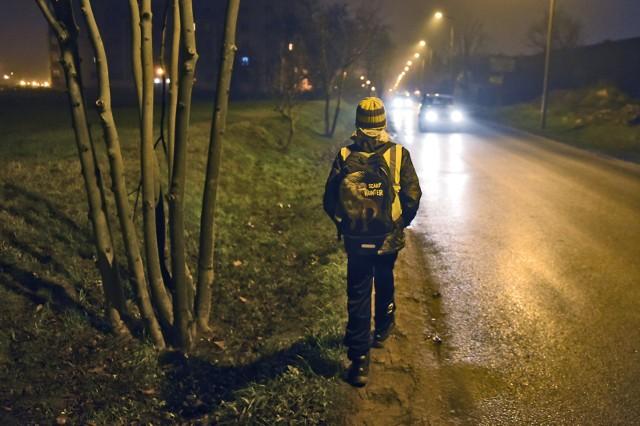 Ulica Mateckiego po remoncie zyska m.in. chodnik i nowe oświetlenie. Prace ruszą 11 stycznia