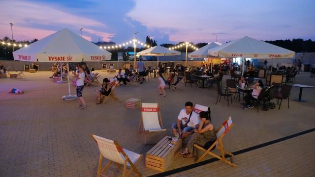 Summer Arena Gliwice: wakacyjna i roztańczona. Byliście?Zobacz kolejne zdjęcia. Przesuwaj zdjęcia w prawo - naciśnij strzałkę lub przycisk NASTĘPNE
