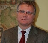 Kluczbork: Burmistrz Jarosław Kielar zdecydowanie wygrał w I turze. Zobacz skład rady miejskiej