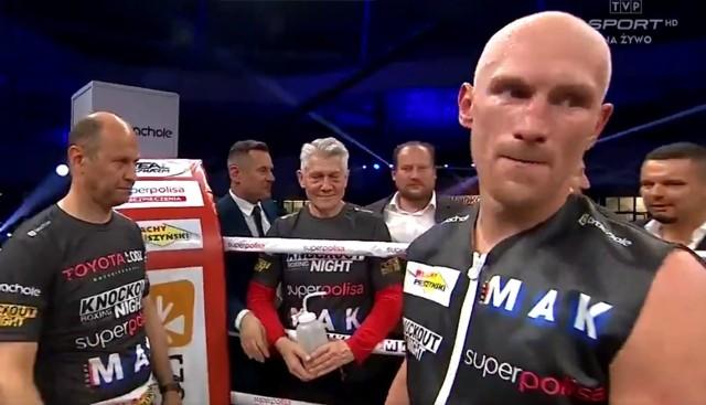 """Włodarczyk """"Diablo"""" - Durodola [CAŁA WALKA]. KnockOut Boxing Night #2: Krzysztof Włodarczyk wygrał ważną walkę [YOUTUBE, CDA, TWITTER]"""