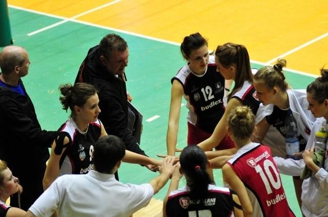 Siatkarki z Torunia mają szanse na awans do I ligi w tym sezonie.