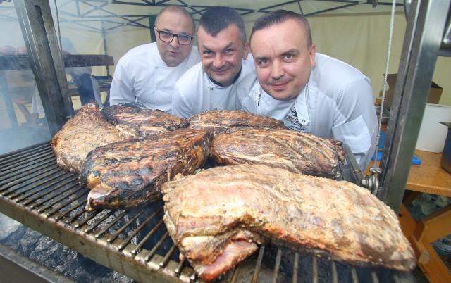 Mistrzowie kuchni z regionu. Od lewej: Robert Kopacz, Mirosław Ciołak oraz Michał Markowicz.
