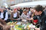 IV Śniadanie Wielkanocne na opolskim Rynku w Wielką Środę