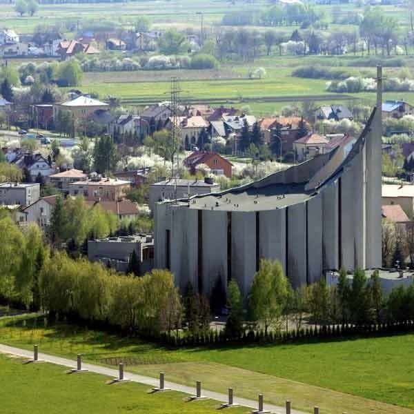 Czy w pobliżu katedry stanie rezydencja dla biskupa Górnego?