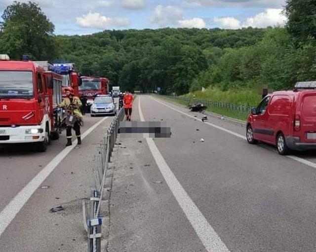 Do śmiertelnego wypadku doszło w środę około godziny 14:30 na drodze krajowej numer 17 w miejscowości Polanówka