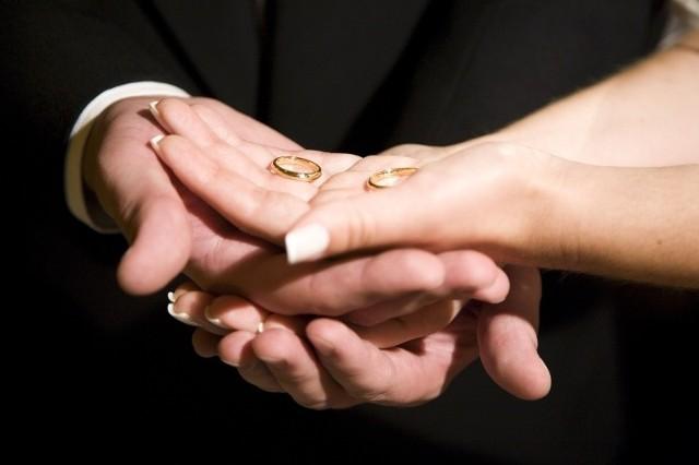 Nieważność zawartego ślubu, muszą stwierdzić dwie instancje sądu kościelnego. Proces może trwać około dwóch lat.
