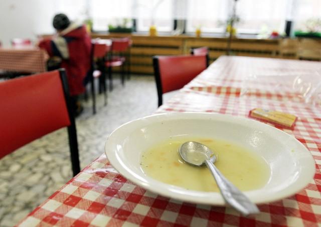 W tym roku na obiady dla najuboższych ratusz wyda ok. 2 mln zł