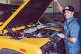 ABS, ESP, ASR... czy na pewno wiesz, co oznaczają te skróty i czemu służą systemy bezpieczeństwa w samochodzie?